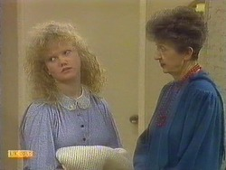 Sharon Davies, Nell Mangel in Neighbours Episode 0810