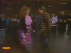 Sharon Davies, Nick Page in Neighbours Episode 0810