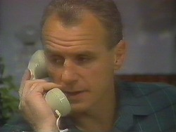 Jim Robinson in Neighbours Episode 0811