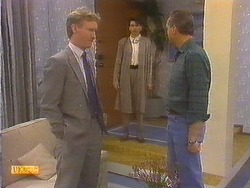 Andrew Brownley, Beverly Robinson, Jim Robinson in Neighbours Episode 0811