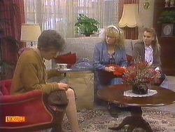 Nell Mangel, Sharon Davies, Bronwyn Davies in Neighbours Episode 0814