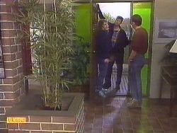 Henry Ramsay, Joe Mangel, Des Clarke in Neighbours Episode 0814