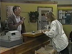 Harold Bishop, Madge Bishop in Neighbours Episode 1004