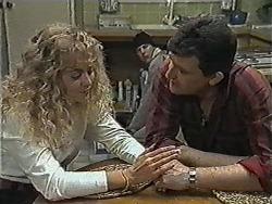 Jane Harris, Joe Mangel, Des Clarke in Neighbours Episode 1005