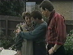 Gail Robinson, Paul Robinson, Des Clarke in Neighbours Episode 1005