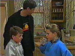 Toby Mangel, Joe Mangel, Katie Landers in Neighbours Episode 1006