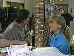 Des Clarke, Jane Harris, Mike Young in Neighbours Episode 1007