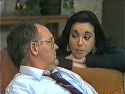 Harold Bishop, Kerry Bishop in Neighbours Episode 1007