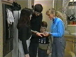 Kerry Bishop, Joe Mangel, Toby Mangel, Jane Harris in Neighbours Episode 1007