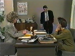 Beverly Marshall, Paul Robinson, Gail Robinson in Neighbours Episode 1009