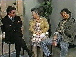 Paul Robinson, Edna Jackson, Jonathan Whiting in Neighbours Episode 1010