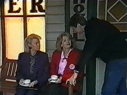 Helen Daniels, Madge Bishop, Joe Mangel in Neighbours Episode 1010