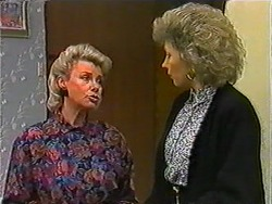 Helen Daniels, Beverly Marshall in Neighbours Episode 1011