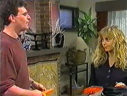 Des Clarke, Jane Harris in Neighbours Episode 1011