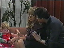 Jamie Clarke, Jane Harris, Des Clarke in Neighbours Episode 1013