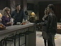 Jane Harris, Des Clarke, Gail Robinson, Paul Robinson in Neighbours Episode 1014