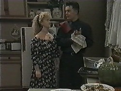 Sharon Davies, Matt Robinson in Neighbours Episode 1014