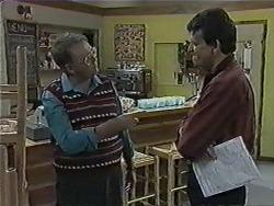 Harold Bishop, Des Clarke in Neighbours Episode 1014
