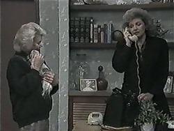 Helen Daniels, Cujo, Beverly Marshall in Neighbours Episode 1015