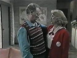 Harold Bishop, Madge Bishop in Neighbours Episode 1015