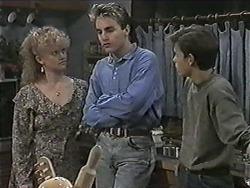 Sharon Davies, Nick Page, Todd Landers in Neighbours Episode 1016