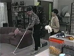 Des Clarke, Hilary Robinson in Neighbours Episode 1017