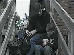Bouncer, Joe Mangel, Toby Mangel, Cujo in Neighbours Episode 1017