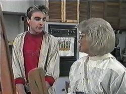 Nick Page, Helen Daniels in Neighbours Episode 1017