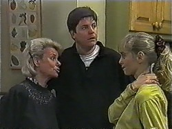 Helen Daniels, Joe Mangel, Jane Harris in Neighbours Episode 1018