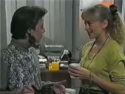 Gail Robinson, Jane Harris in Neighbours Episode 1018