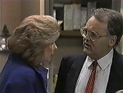 Madge Bishop, Harold Bishop in Neighbours Episode 1019