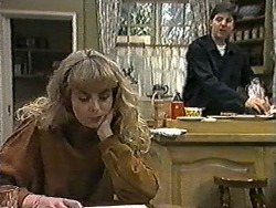 Jane Harris, Joe Mangel in Neighbours Episode 1019