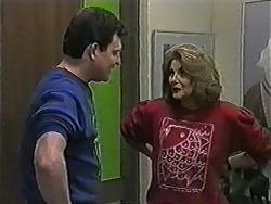 Des Clarke, Madge Bishop in Neighbours Episode 1020