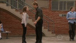 Libby Kennedy, Dan Fitzgerald in Neighbours Episode 5517