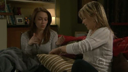 Libby Kennedy, Steph Scully in Neighbours Episode 5519
