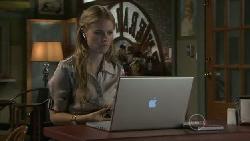 Elle Robinson in Neighbours Episode 5519
