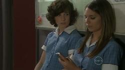Bridget Parker, Rachel Kinski in Neighbours Episode 5522
