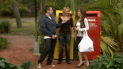 Toadie Rebecchi, Steph Scully, Libby Kennedy in Neighbours Episode 5523