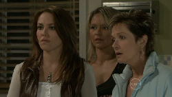Libby Kennedy, Steph Scully, Susan Kennedy in Neighbours Episode 5524