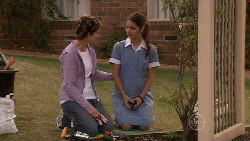 Susan Kennedy, Rachel Kinski in Neighbours Episode 5524