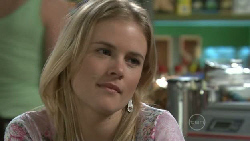 Elle Robinson in Neighbours Episode 5525