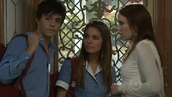 Zeke Kinski, Rachel Kinski, Libby Kennedy in Neighbours Episode 5529