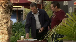Karl Kennedy, Toadie Rebecchi in Neighbours Episode 5529