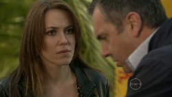Libby Kennedy, Karl Kennedy in Neighbours Episode 5529