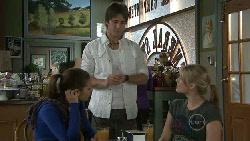 Rachel Kinski, Ty Harper, Donna Freedman in Neighbours Episode 5532
