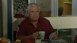 Lou Carpenter in Neighbours Episode 5532