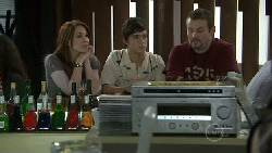 Libby Kennedy, Zeke Kinski, Toadie Rebecchi in Neighbours Episode 5533