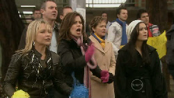 Steph Scully, Karl Kennedy, Rebecca Napier, Susan Kennedy, Carmella Cammeniti in Neighbours Episode 5535