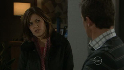 Rebecca Napier, Paul Robinson in Neighbours Episode 5537