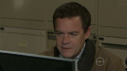 Paul Robinson in Neighbours Episode 5537
